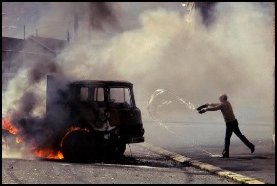 Irlanda del Norte, 1981. Imagen: jamesnachtwey.com