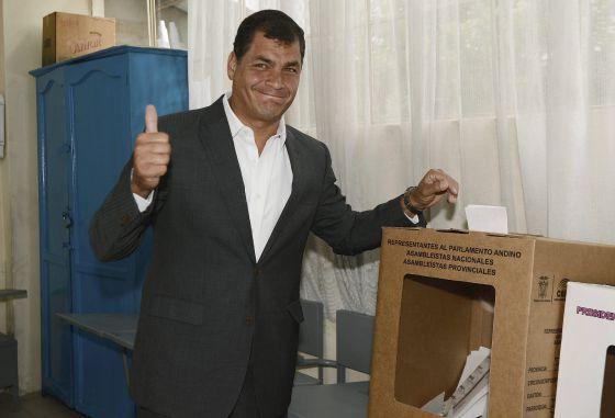 Correa votando/ Fuente: ElPaís