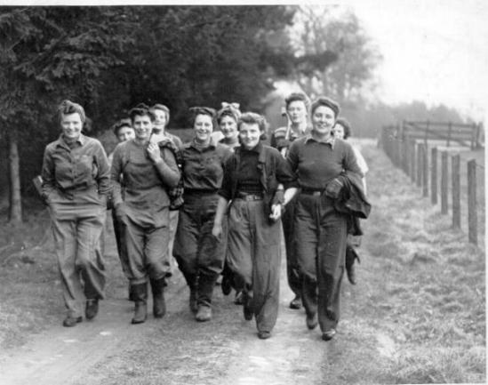 Women's Timber Corps, 1943 / Fuente: Forestry Memories