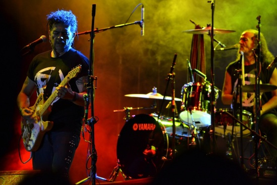 Guitarra y batería de Botellita de Jerez; Foto: Alberto Vega