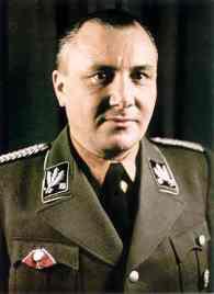 Martin Bormann; Foto: aircraft.net